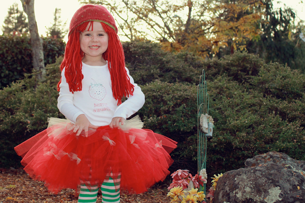 diy strawberry shortcake costume